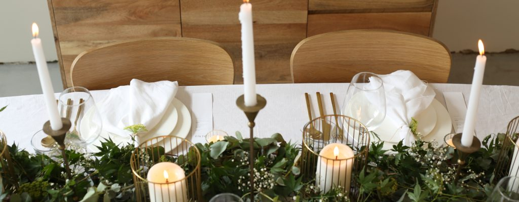 How to Style your Christmas Table in 3 different ways